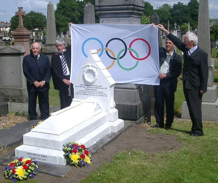 Three Trustees and Minister with the Olympic Flag - L to R - Mr Don Anthony, Rev Graham Murphy, Ray Physick and Ray Hulley